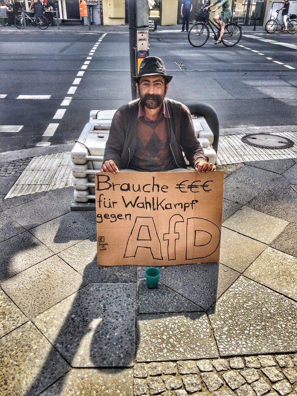 Brauche Euro für Wahlkampf gegen die AFD.