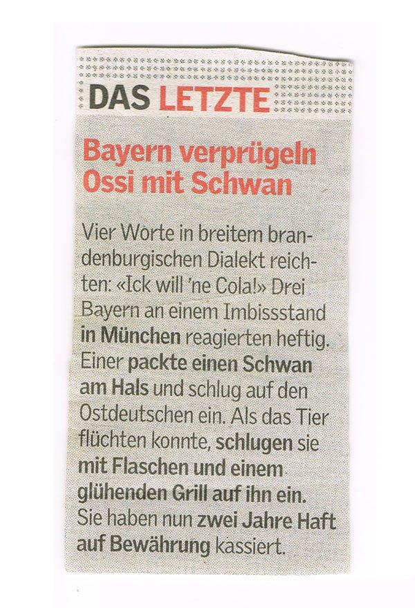 Bayern verprügeln Ossi mit Schwan