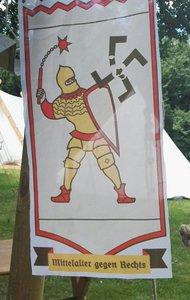 Mittelalter gegen Rechts.   Der Zeit voraus.